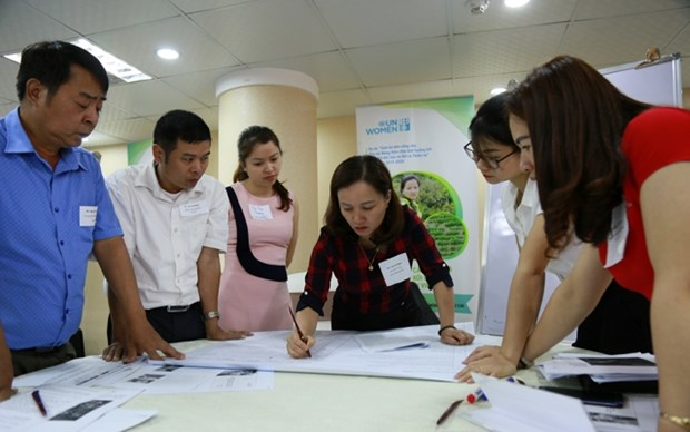 Workshop talks sustainable livelihood for women amidst climate change hinh anh 1