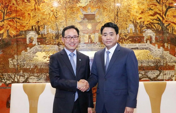 Hanoi vows to facilitate construction of Samsung R&D centre hinh anh 1