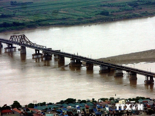 Nearly 2 trillion VND invested in upgrading north-south railway hinh anh 1