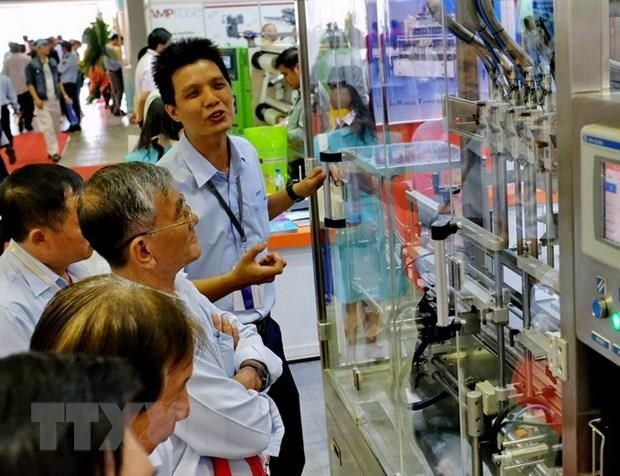 Hanoi int'l plastic, rubber, packing industry exhibition 2019 opens hinh anh 1