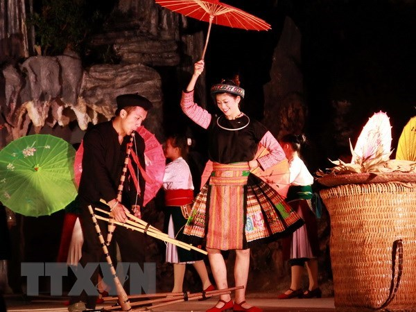 Festival honours panpipe of Mong ethnic people hinh anh 1