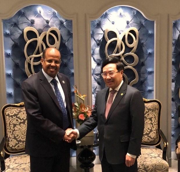 Deputy PM active on Belt & Road Forum sidelines hinh anh 2