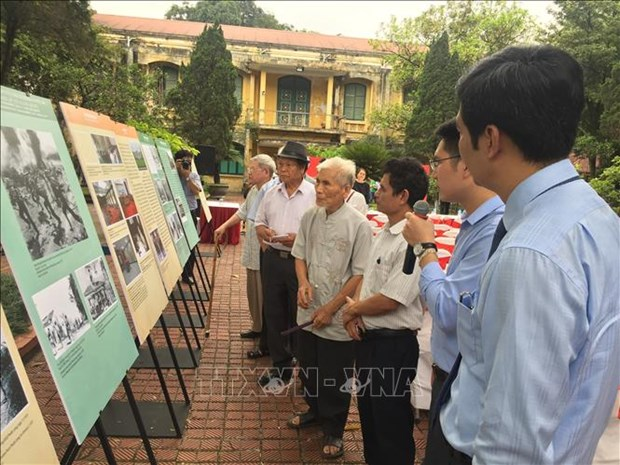 Events marking Liberation Day open in Hanoi hinh anh 1