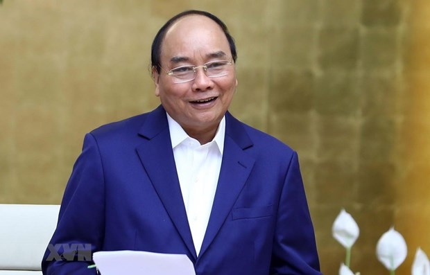 PM Nguyen Xuan Phuc leaves for Belt and Road Forum in Beijing hinh anh 1