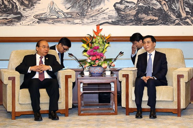 PM: Vietnam attaches importance to developing relations with China hinh anh 1