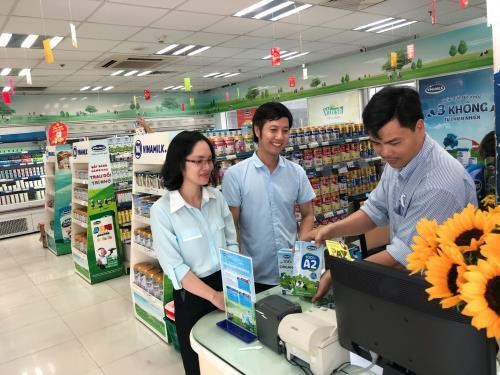 Vinamilk's organic products introduced in Singapore hinh anh 1