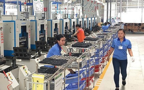 Four-month FDI reaches record level in four years hinh anh 1