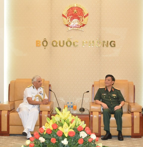 Vietnamese, Indian coast guards step up cooperation hinh anh 1