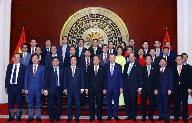 Prime Minister visits Vietnamese Embassy in China hinh anh 1