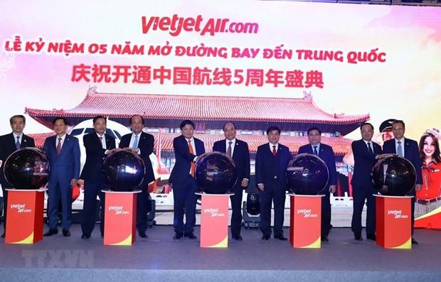 Vietjet Air marks fifth anniversary of air service to China hinh anh 1