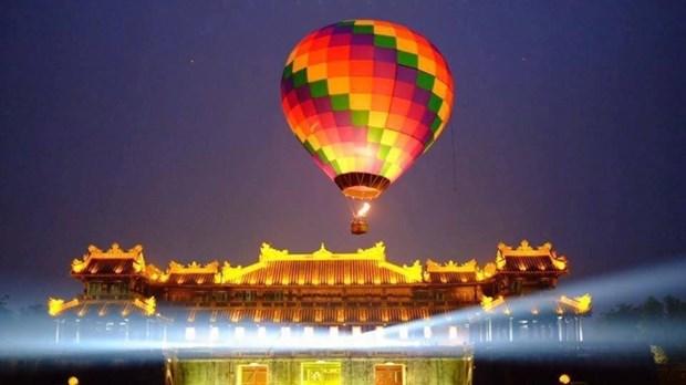 Hue International Hot Air Balloon Festival opens hinh anh 1