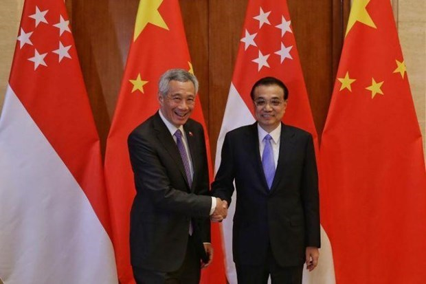 Chinese Premier meets Singaporean Prime Minister hinh anh 1
