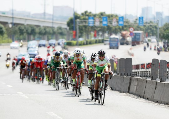 HCM City Television Cycling Tournament wraps up hinh anh 1