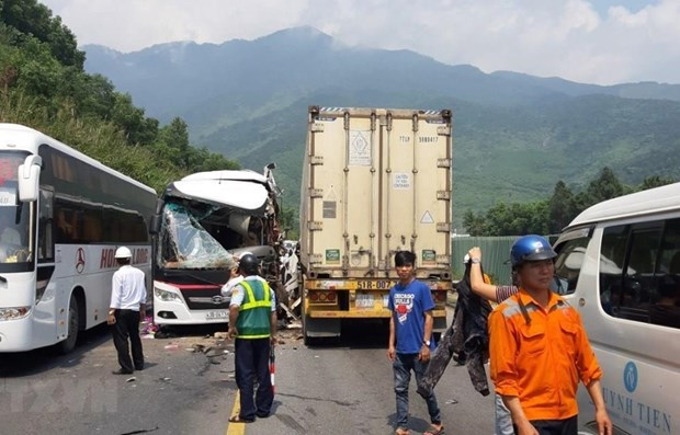 Traffic accidents kill nearly 60 in 3 days of long holiday hinh anh 1