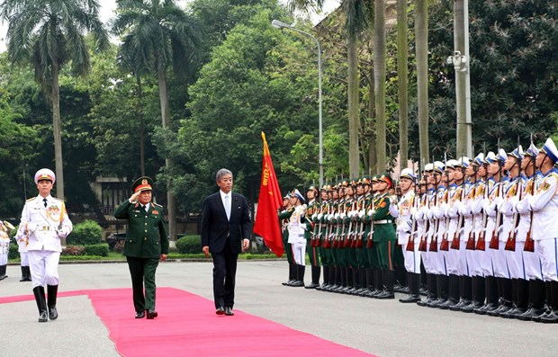 Vietnam, Japan reinforce defence links hinh anh 1