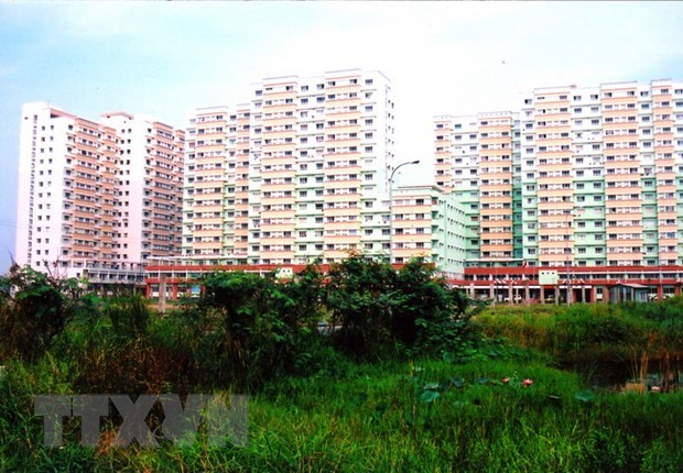 Gov't ignores affordable housing for low-income earners: experts hinh anh 1