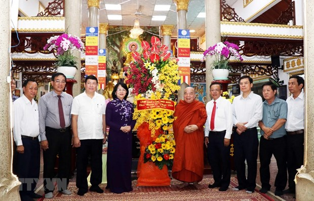 Vice President praises Vietnamese Buddhism for contribution to national construction hinh anh 1