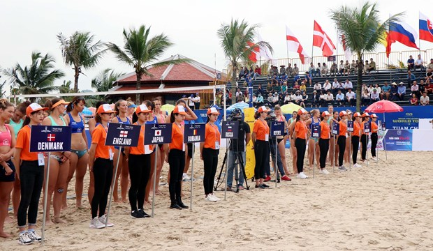 Int'l female beach volleyball tournament kicks off in Quang Ninh hinh anh 1