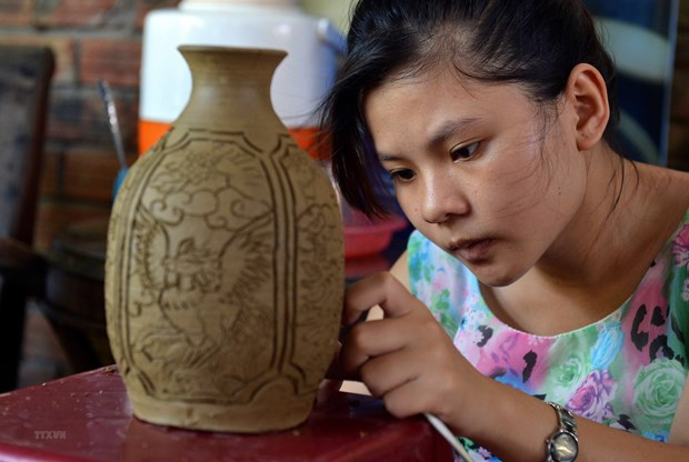 Design contest aims to promote Hanoi handicraft products hinh anh 1