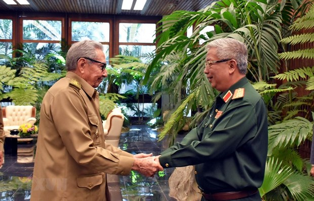 Vietnam hopes to enhance defence ties with Cuba: Official hinh anh 1