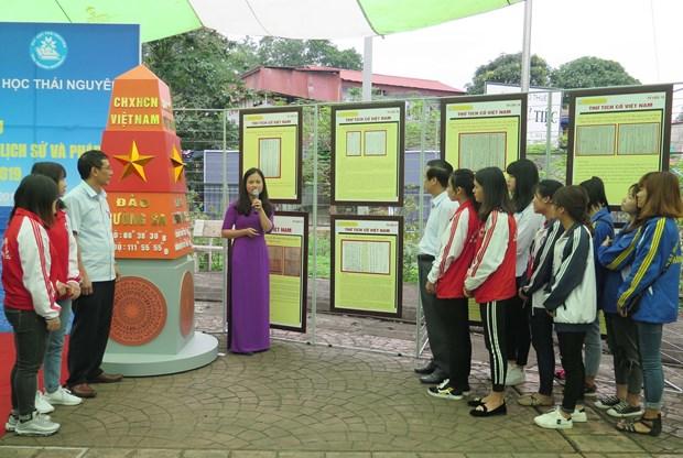 Exhibition on Hoang Sa, Truong Sa archipelagos opens in Thai Nguyen hinh anh 1