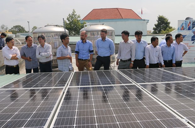 Solar rooftop system inaugurated in An Giang province hinh anh 1