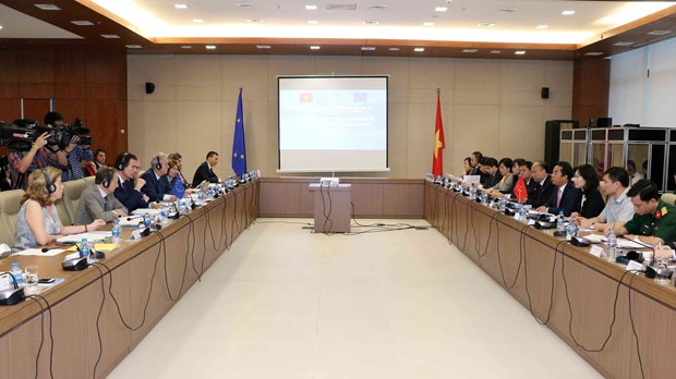 Vietnam, EU work to enhance comprehensive partnership and cooperation hinh anh 1