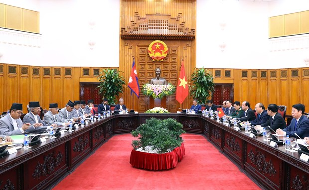 Vietnamese, Nepalese Prime Ministers hold talks hinh anh 1
