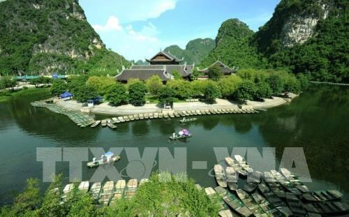 Popular sacred places for spring pilgrimages in Northern Vietnam hinh anh 1