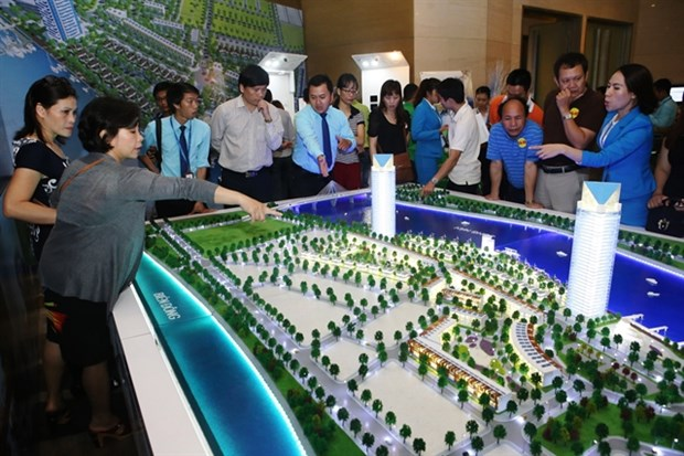 Vietnam's real estate market likely to stay stagnant this year hinh anh 1