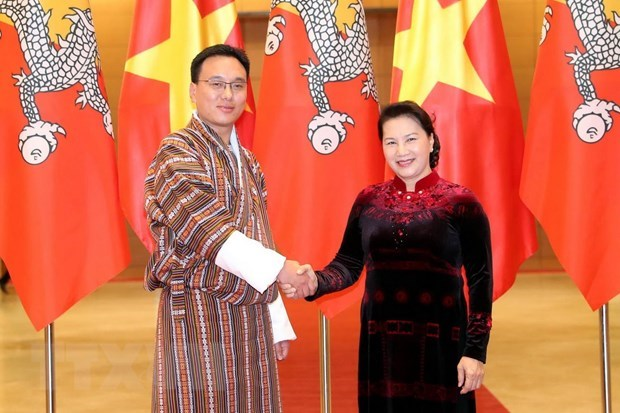 Top legislator holds talks with Bhutan's National Council Chairman hinh anh 1