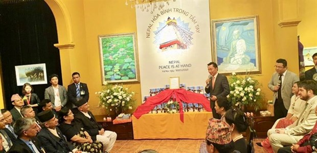 Nepali PM witnesses release of book on peace and Buddhism hinh anh 1