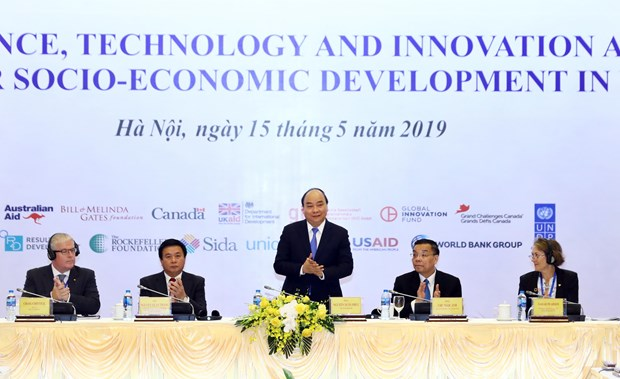 Prime Minister attends science, technology, innovation meeting hinh anh 1