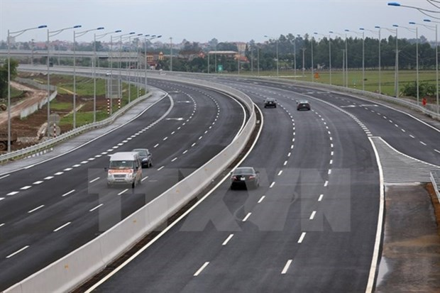Vietnam's road sector forecast to grow 7.2 pct in 2019 hinh anh 1
