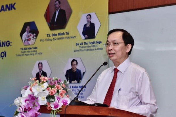 Central bank to grant more autonomy to commercial banks hinh anh 1