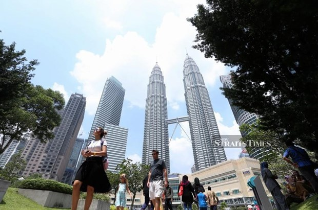 Malaysia's economy grows 4.5 percent in Q1 hinh anh 1