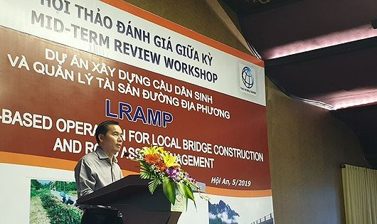 Local bridge construction, road maintenance project under review hinh anh 1