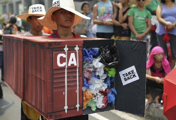 Trash row puts Philippines-Canada diplomatic ties at risk hinh anh 1