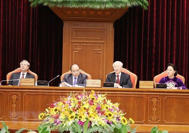 Party Central Committee's 10th plenum enters second working day hinh anh 1