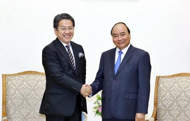 PM Nguyen Xuan Phuc receives JBIC Governor hinh anh 1