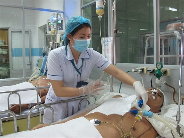 Stressed-out nurses love their jobs but need help from hospital leaders hinh anh 1