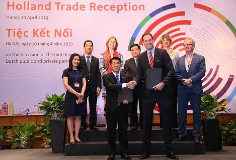 Vietnamese, Dutch firms cooperate in high-quality breeding pig project hinh anh 1