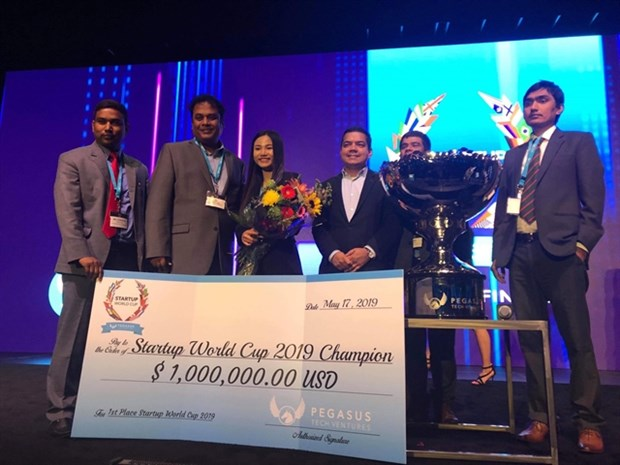 Abivin crowns start-up world cup champions hinh anh 1