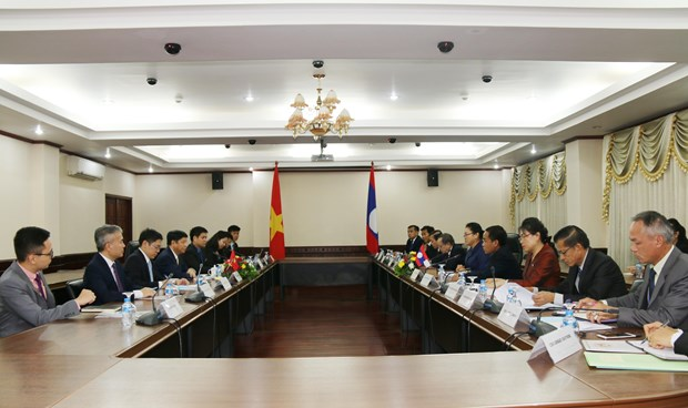 Vietnam's foreign ministry delegation visits Laos hinh anh 1