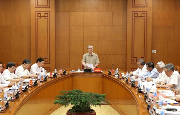 Anti-corruption committee looks to ramp up efforts in key cases hinh anh 1