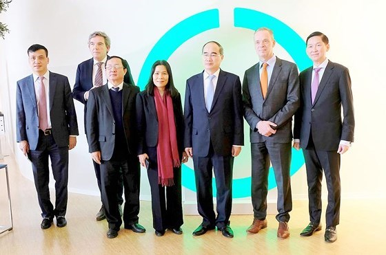 HCM City learns from Netherlands' innovative technologies hinh anh 1