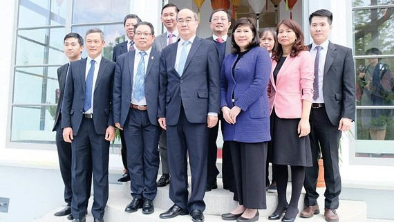 HCM City studies new technologies in Germany hinh anh 1