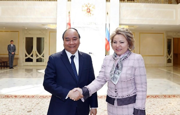 Prime Minister meets Russian upper house leader hinh anh 1