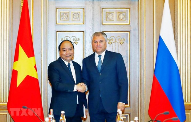 PM meets Russian State Duma Chairman hinh anh 1