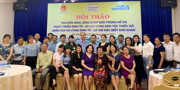 Workshop spotlights gender issue in development plans for ethnic areas hinh anh 1